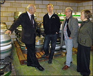 Vince Cable MP-visits Twickenham Brewery